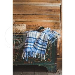 Wool blanket with fringes blue