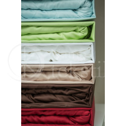 Satin fitted sheets (white)