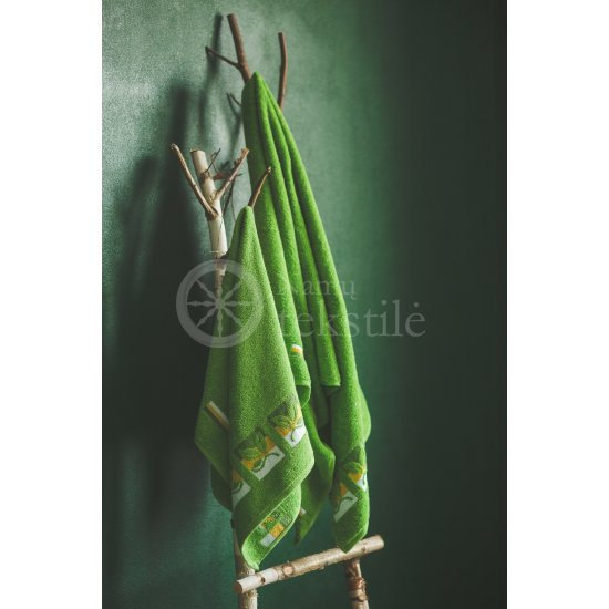 "Cotton terry bath towel with leaves ""GREEN"""
