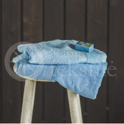 Bamboo fibre terry bath towel blue