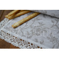 Napkins and table runners