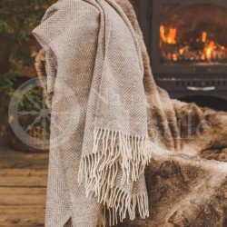 "Wool blanket with fringes ""Rombeliai"" beige"