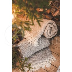 "Wool blanket with fringes ""Rombeliai"" grey"